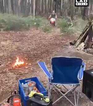 how to start a fire properly