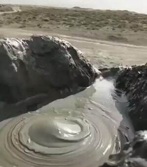 Slow motion mud volcano