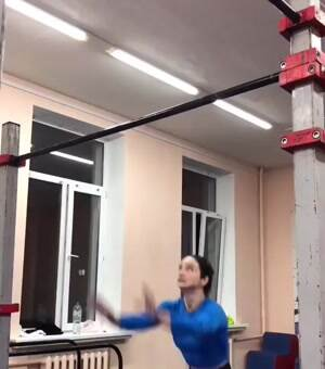 Amazing bars routine