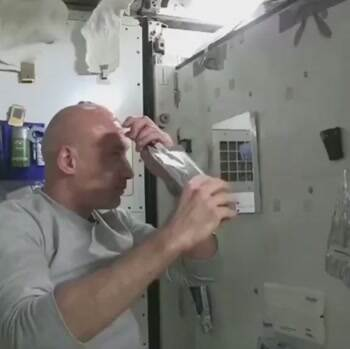 Washing your head in space