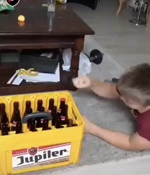 How to open a beer